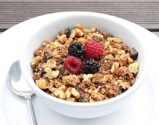 Mala combinación cereal con fruta ácida.
